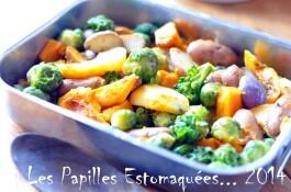 Trio de courges, pommes de terre et choux de Bruxelles rôtis au four