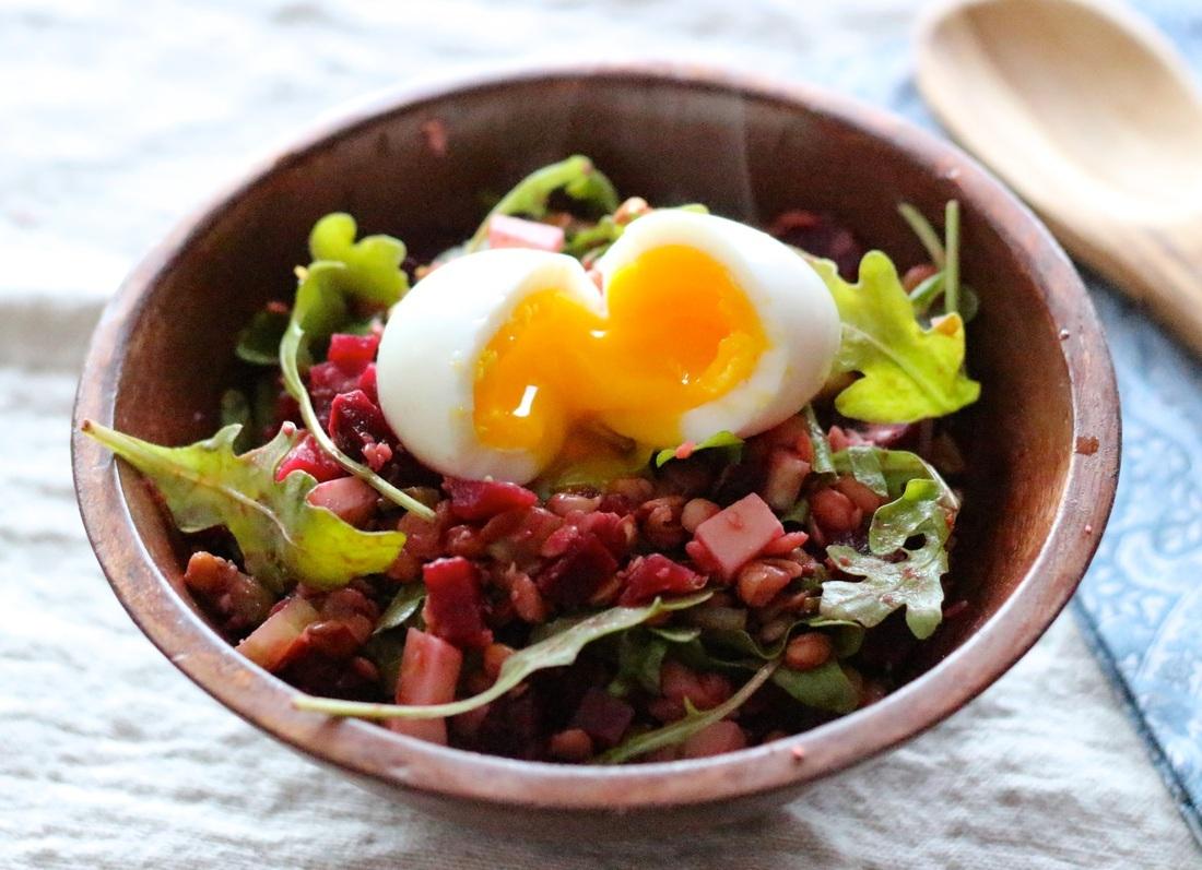 Salade tiède de lentilles, betteraves et roquette au goût Bergeron