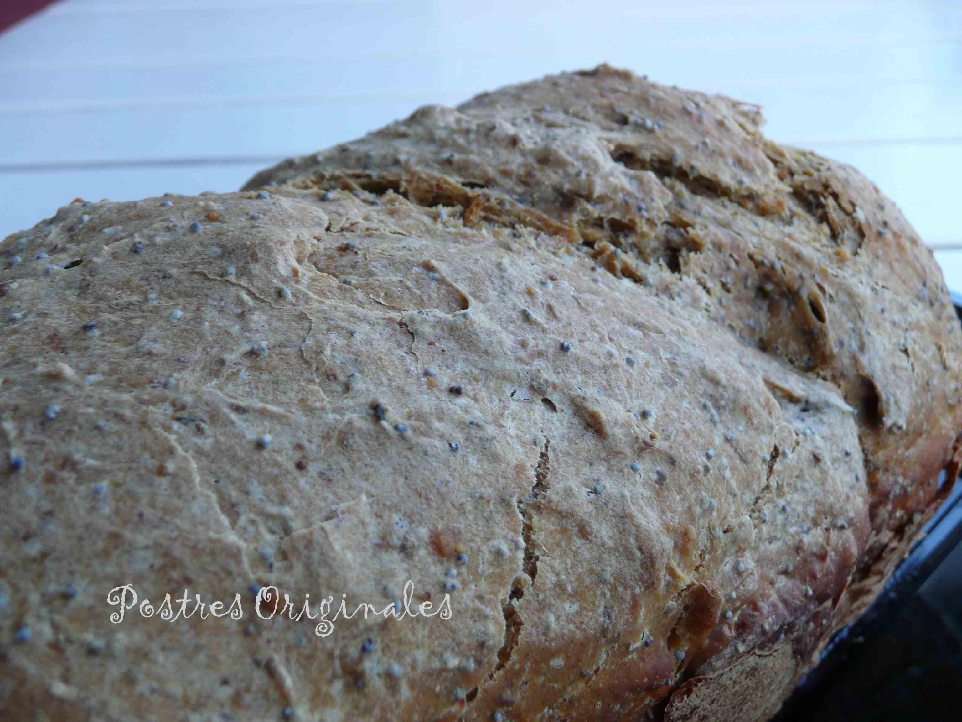 Pan de trigo y centeno con semillas (amapola, pipas, sésamo, lino…)