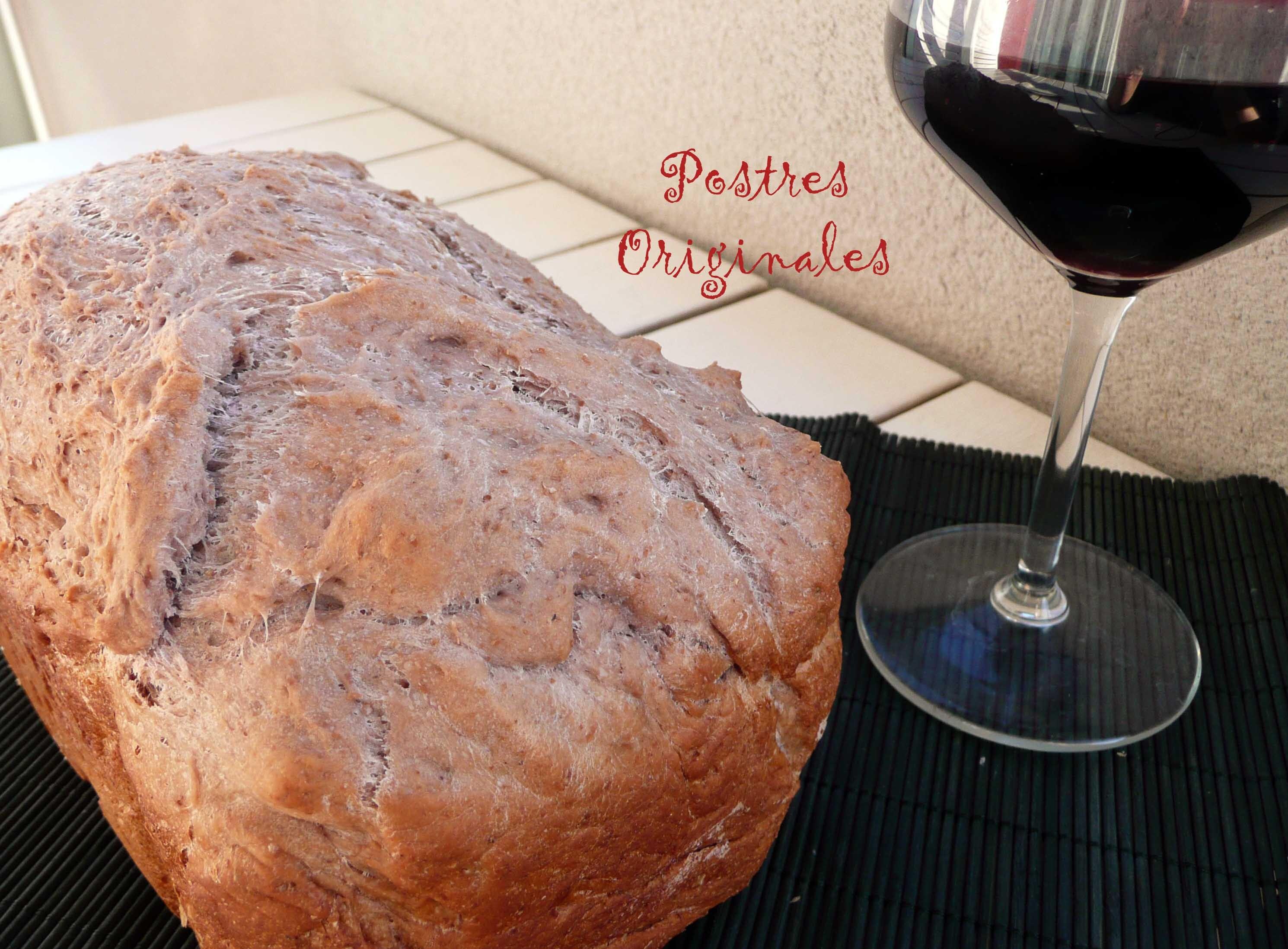 Pan de Vino Tinto