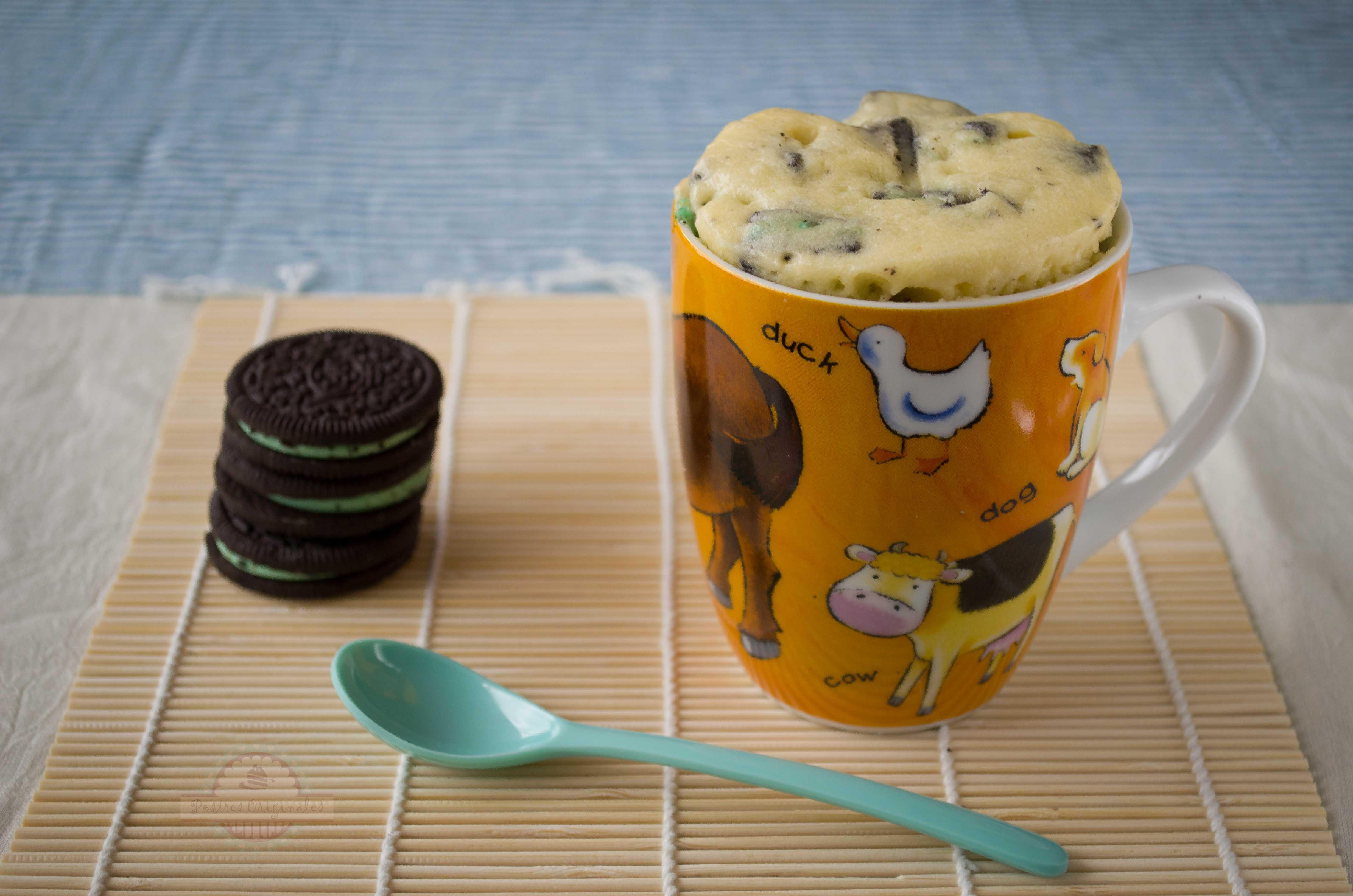 ¿Cómo se hace un Mug Cake de Oreo?