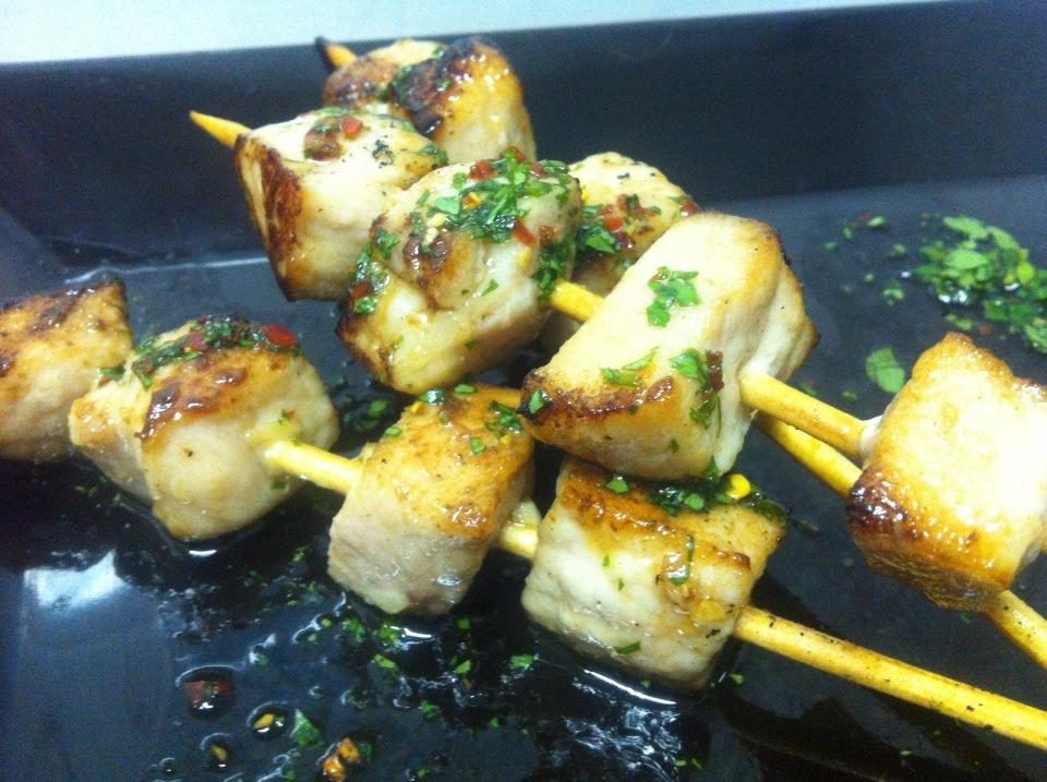 Kebab de Porco acompanhado de Dip Vietnamita