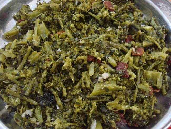 Brócolis Refogado com Alho e Bacon