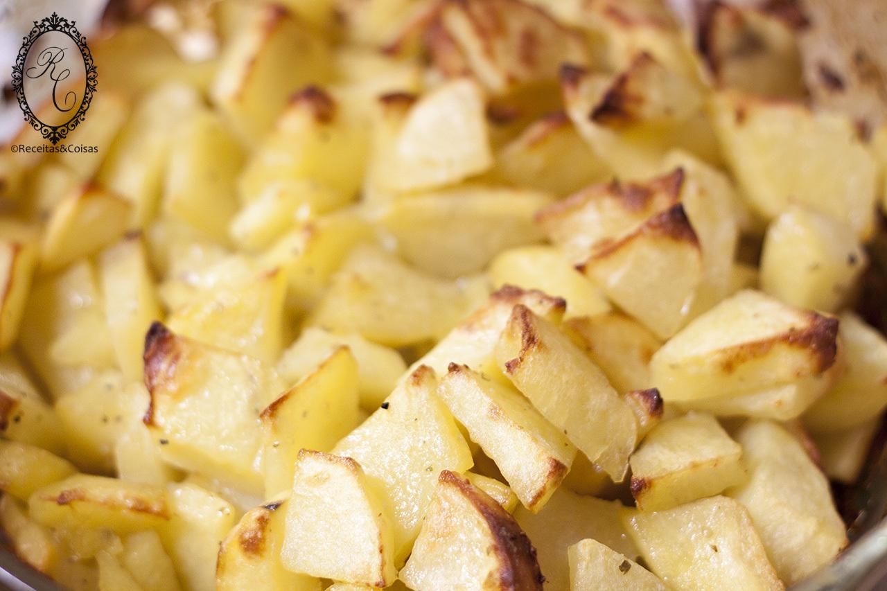 Batatas assadas no forno