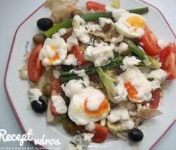 Majonézes saláta tojással és kecskesajttal