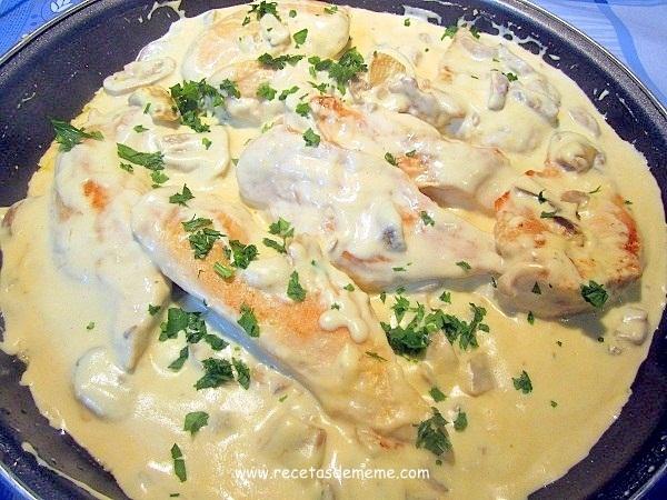 Pollo en salsa de mostaza