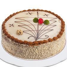 Torta de manjar y nueces, para los cumpleaños