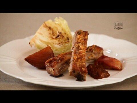 Costelinha de porco com geleia em crosta de castanha-de-caju  !