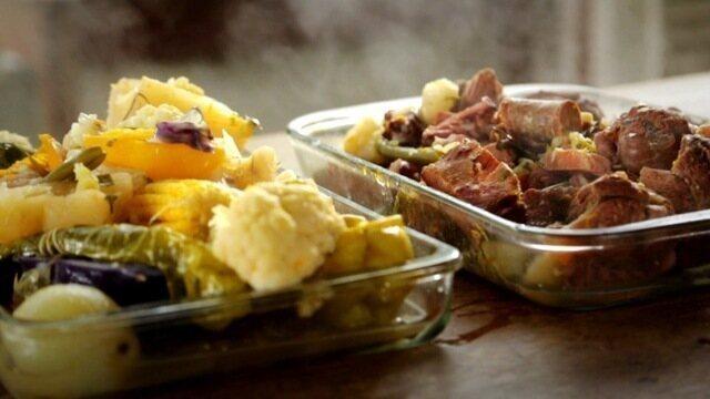 Como fazer cozido de legumes com carne e pirão