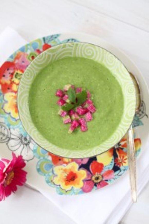 3 recepty na detoxikační raw polévky