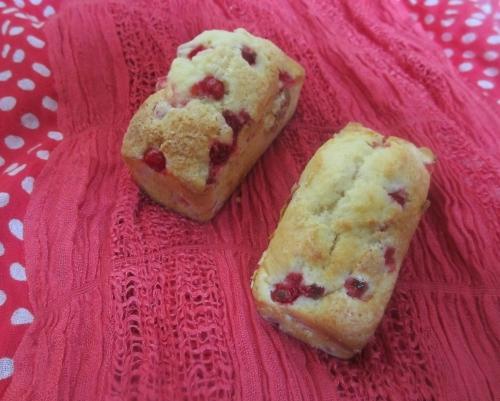 Petits cakes moelleux aux groseilles