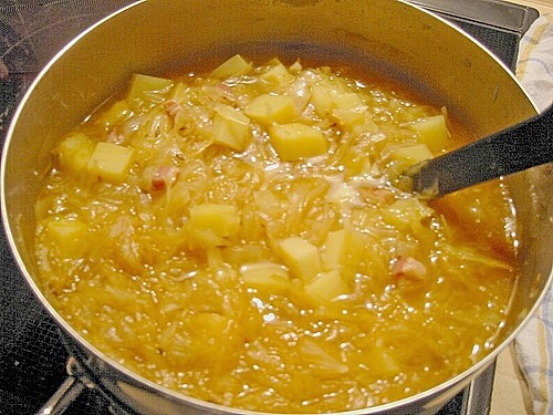 Szegediner Sauerkrautsuppe