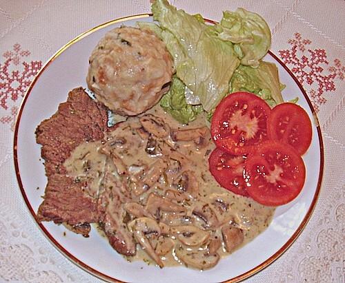 Rindfleisch mit Champignon - Kräutersoße