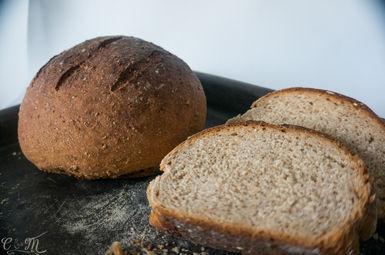 Pão integral de aveia e mel