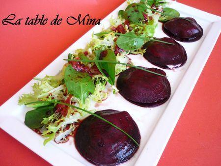Ravioles de betterave au fromage frais, vinaigrette fraise/balsamique