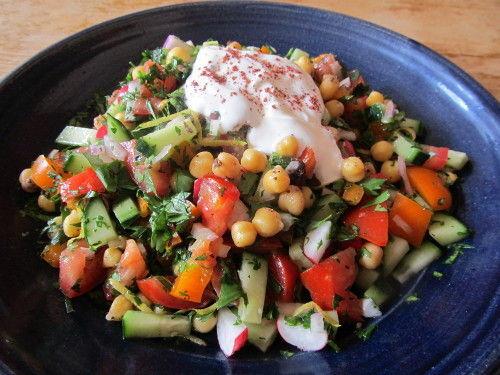 Salade folle et pois chiches épicés