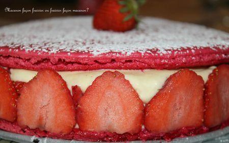 Macaron façon fraisier ou fraisier façon macaron ?