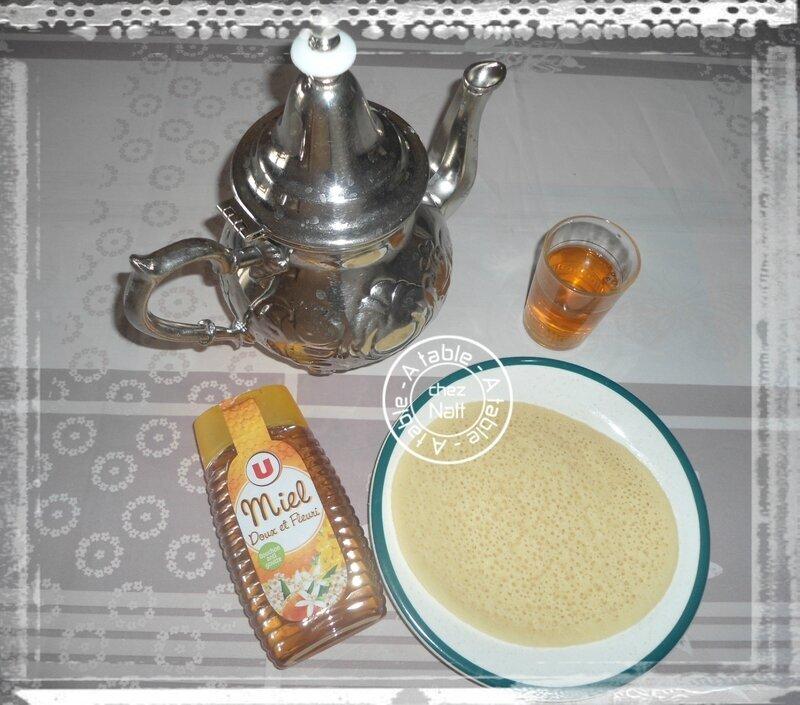 Beghrir et thé à la menthe