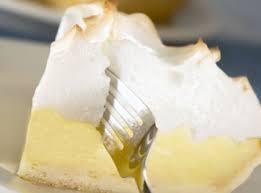 torta de pessego e torta de abacaxi
