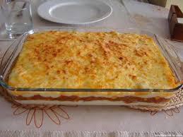 pastis de tonyina amb pa de motlle