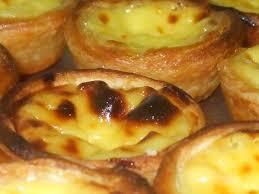 Pastel de Nata (ou Pastel de Belém), uma das Delícias da Culinária Portuguesa!