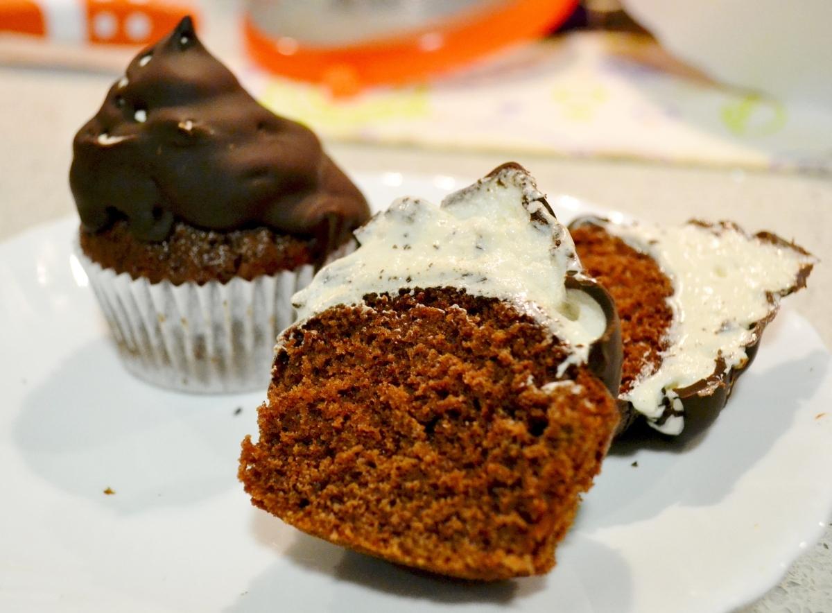 Hi-Hat Cupcakes, una delicia con sombrero.