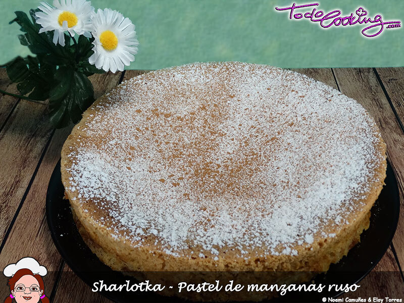 Sharlotka, pastel de manzanas ruso