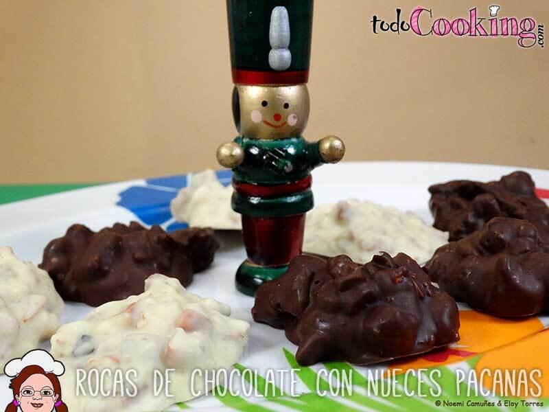 Rocas de chocolate con nueces pacanas
