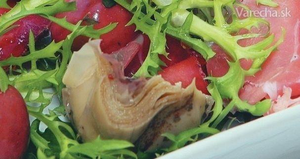 Šalát s prosciuttom a artičokami