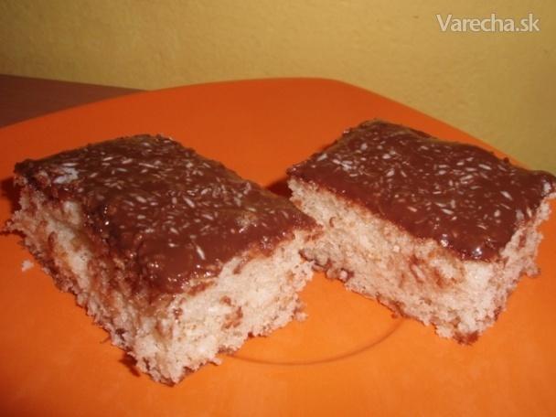 "Jednoduchý ""hrnčekový"" kokosový koláčik (fotorecept)"