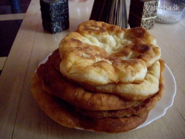 Maďarské langoše (fotorecept)