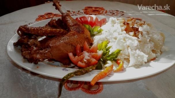 Perkelt z kohúta s tvarohovo-smotanovými rezancami so slaninkou (fotorecept)
