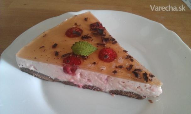 Nepečená jogurtová torta s ovocím (fotorecept)