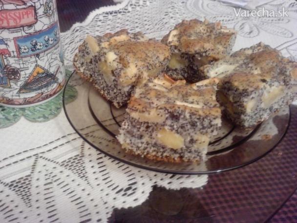 Makovo-jablkový koláč