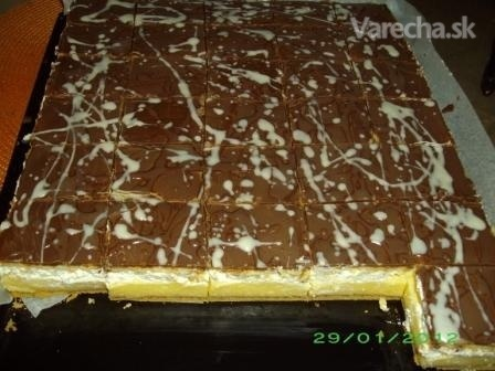 Medový krémeš s Be-be keksami