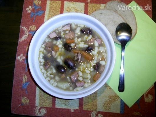madarský fazulový guláš