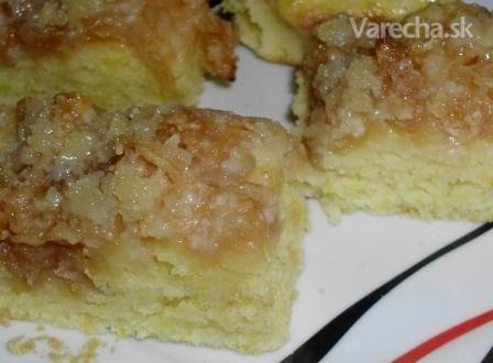 rýchly jablkový koláč s posýpkou