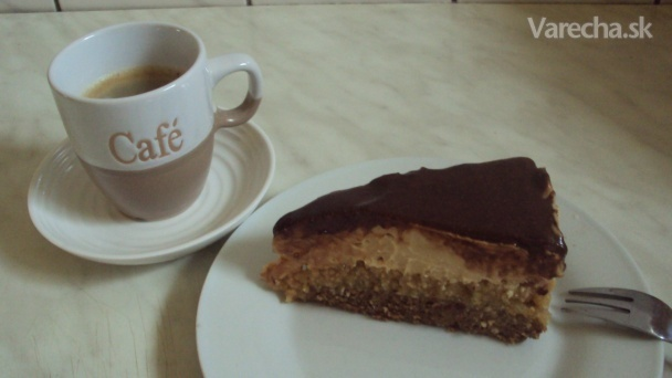 Arašidovo-karamelová torta (nepečená) /fotorecept/