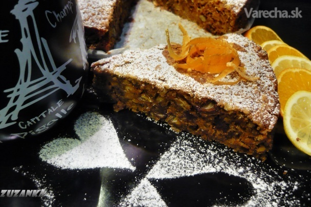 Šťavnatý koláč s jablkami a mrkvou (fotorecept)