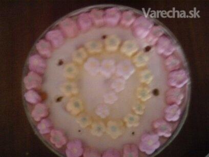 Smotanová narodeninová torta