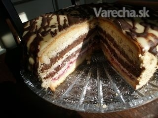 Marcipánovo-orechová torta s čokoládou (Fotorecept)