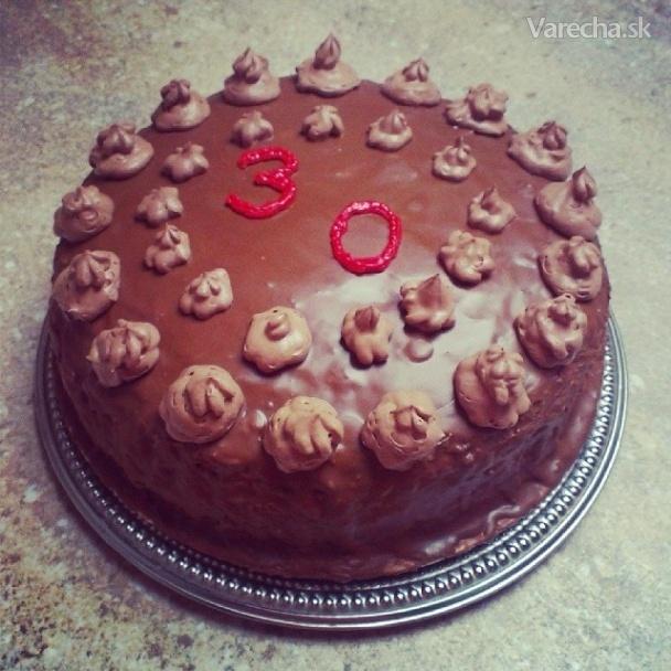 Orechovo-čokoládová torta à la Ajka