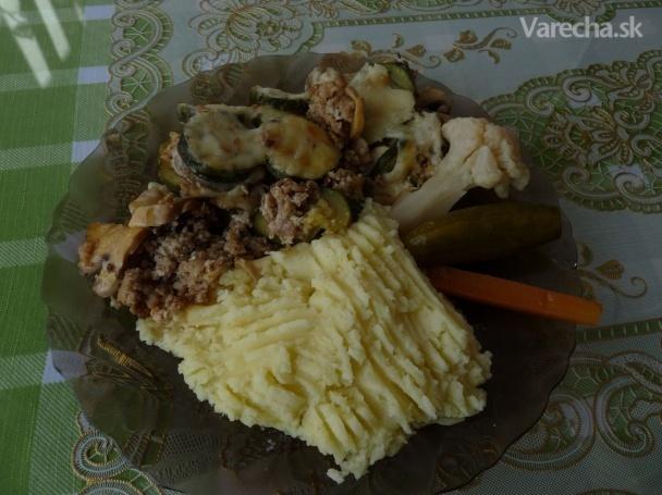 Zapečená cuketa s mletým bravčovým mäsom a šampiňónmi (fotorecept)
