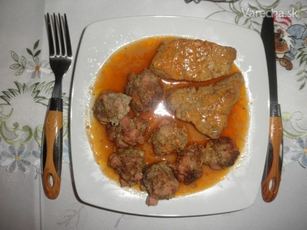 PA-VA-NA-ME v horčicovej omáčke a na miski karfiolový šalát s fazuľou ...