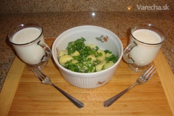 Varené  zemiaky s maslom a petržlenovou vňaťou (fotorecept)
