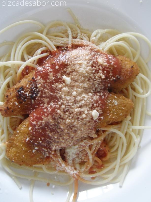 Pasta y pollo a la parmesana {express}