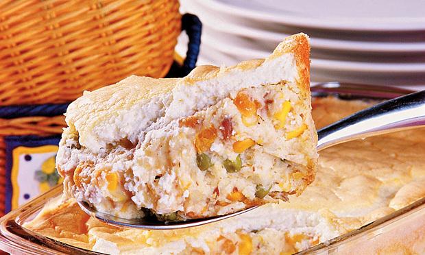 de maionese com batata e cenoura e sardinha
