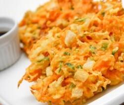 tempurá de legumes cenoura brócolis e vagem