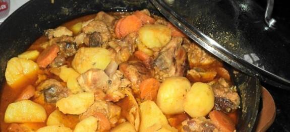 Frango de panela com batatas