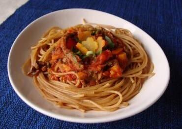 Espaguete com carne e cenoura da Abima